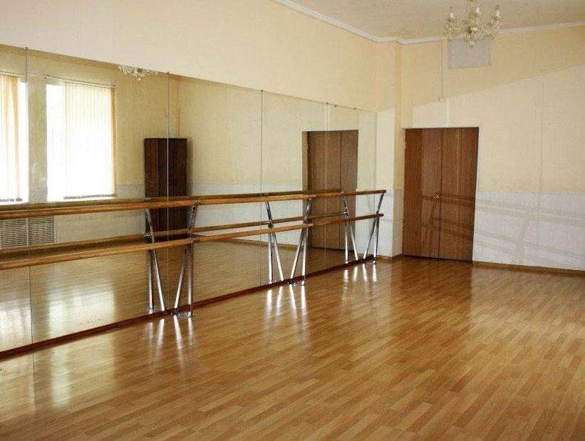 Зеркала для танцевальных залов и студий для занятий балетом