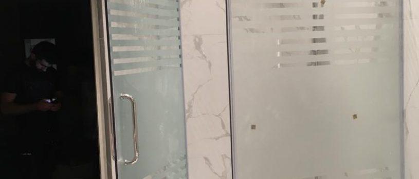 Стеклянные двери в Алматы для душевых кабин