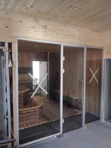 Стеклянные двери для бани в Алматы: По недорогой цене