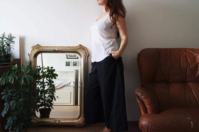 Зеркала в багете в Алматы